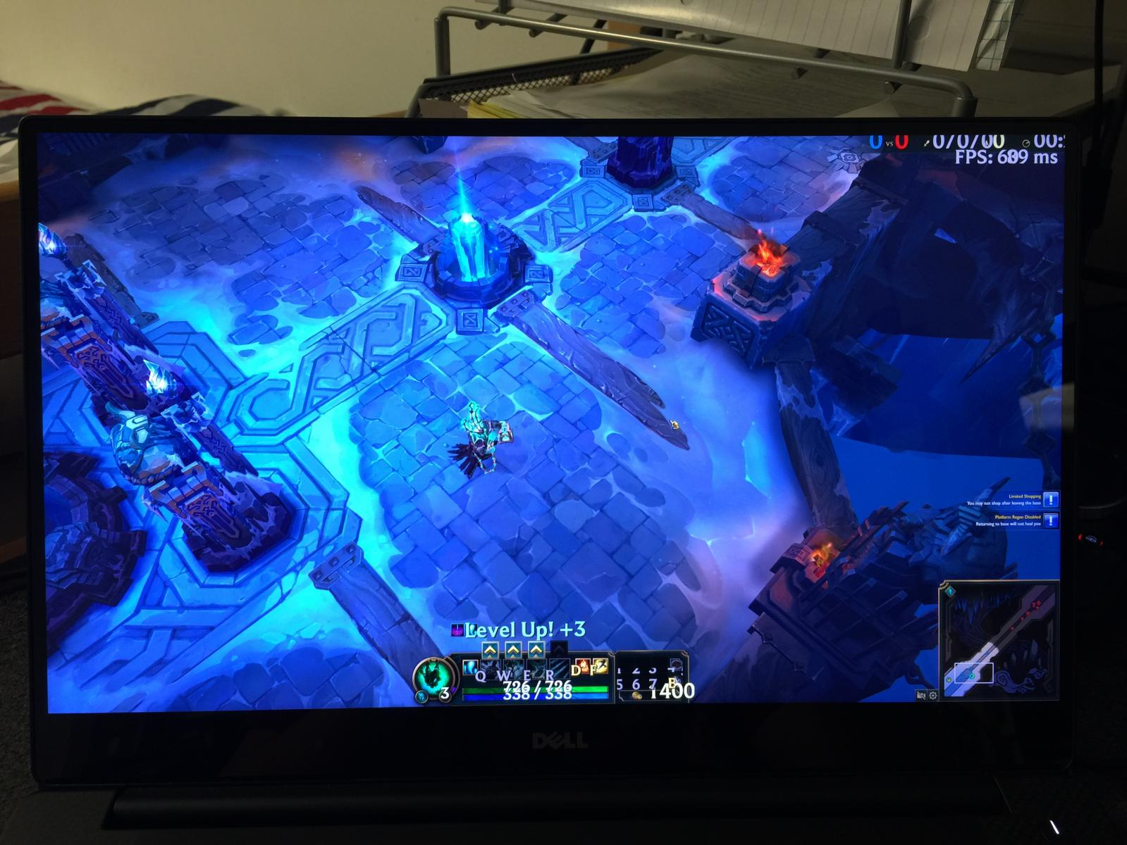 Dell XPS 15 4k League of Legends issues - Troubleshooting - Linus