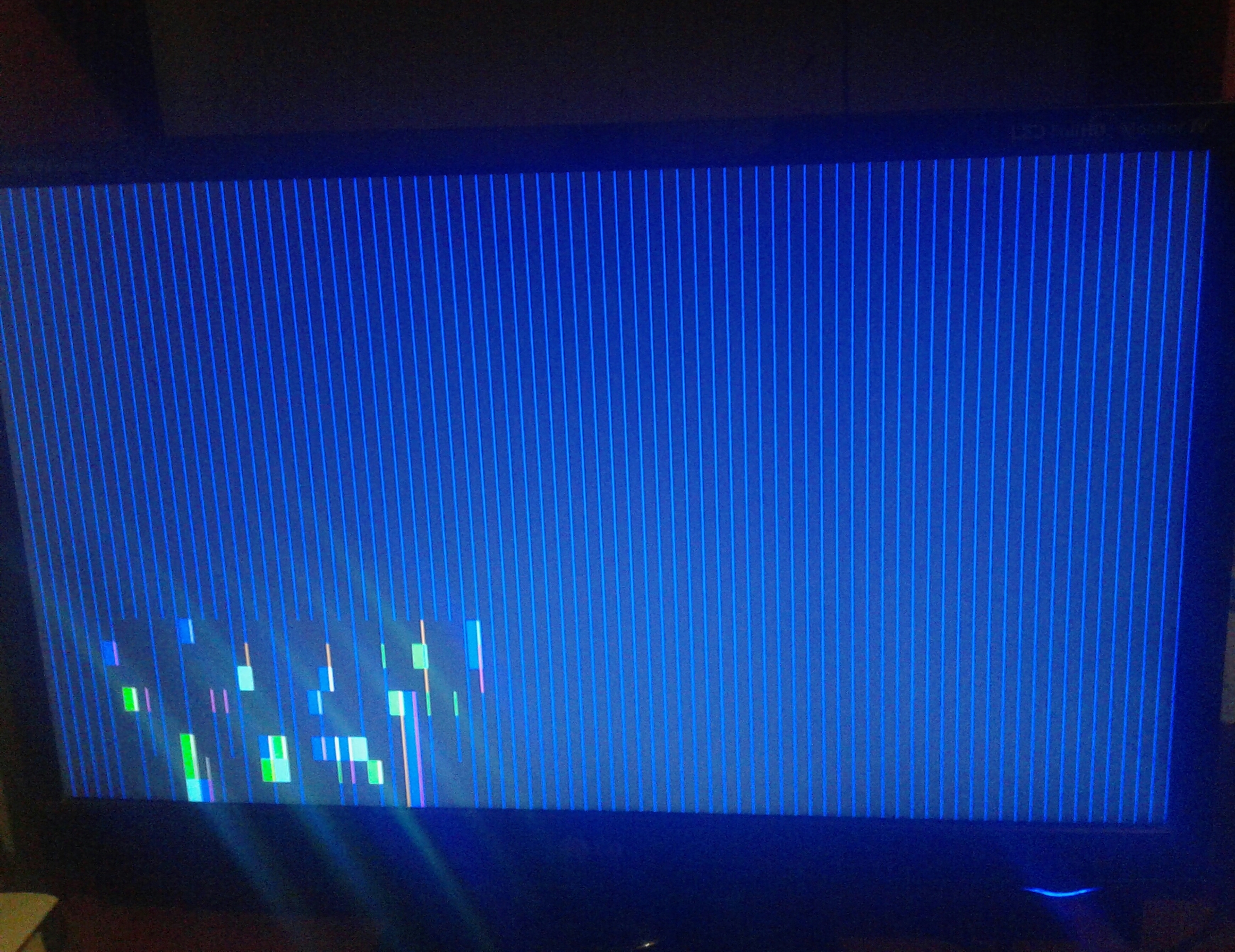 Rx470 showing blue vertical lines when starting up
