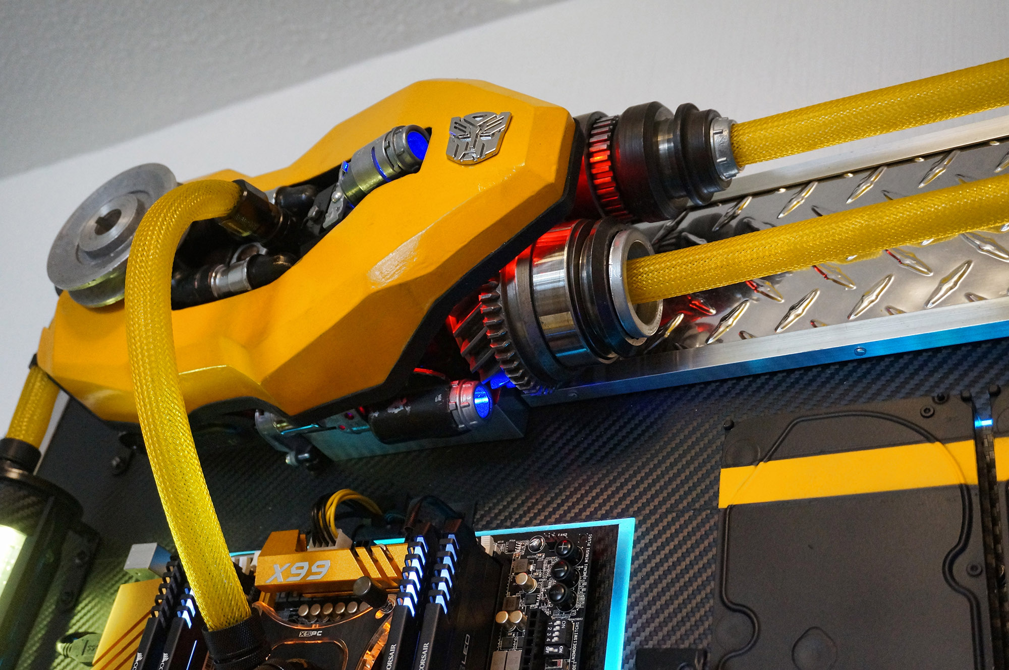 Wall Mounted Pc Bumblebee 36 Core Workstation Build