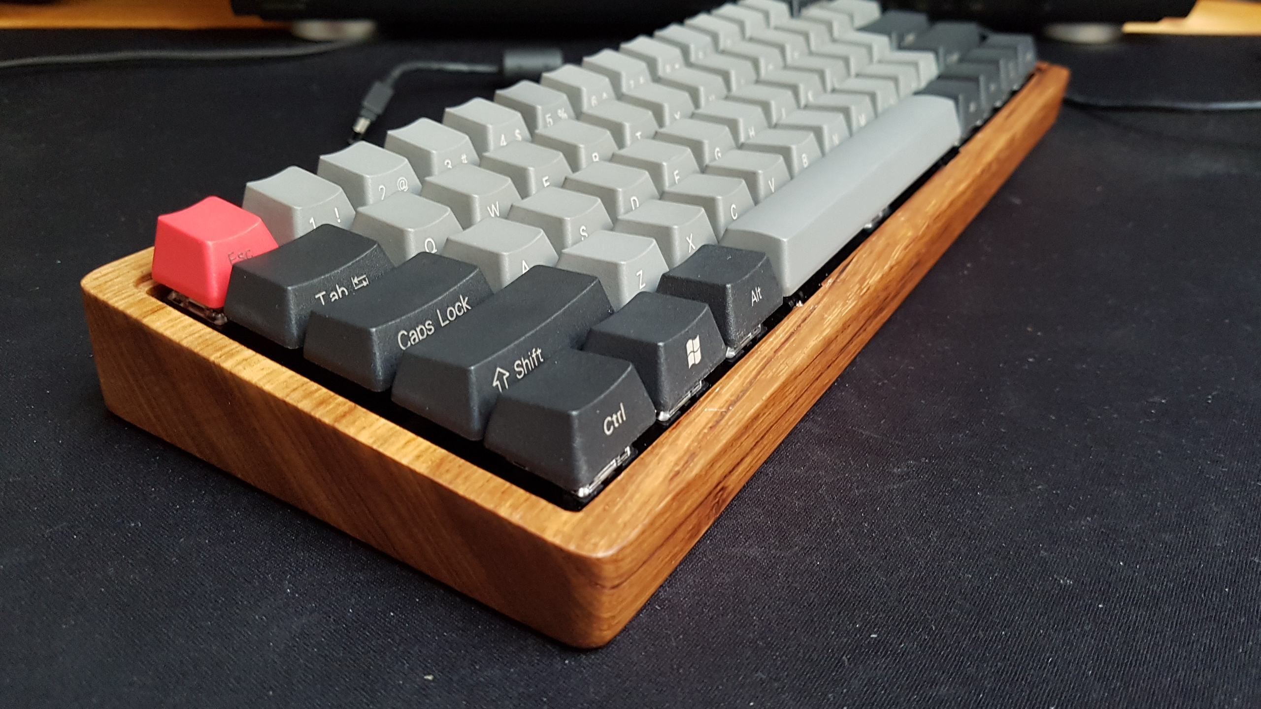 add7a7b518f Can You Build Your OWN Mechanical Keyboard?? - LTT Official - Linus ...