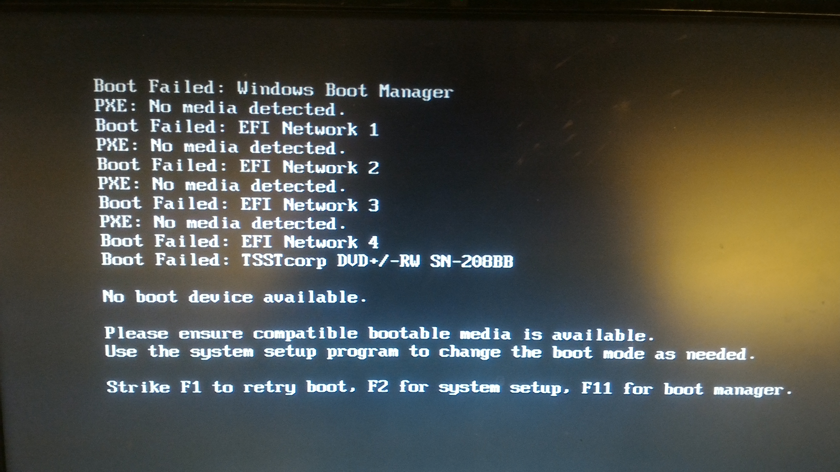 Dell PowerEdge r720 doesn't detect my SSDs - Servers and NAS