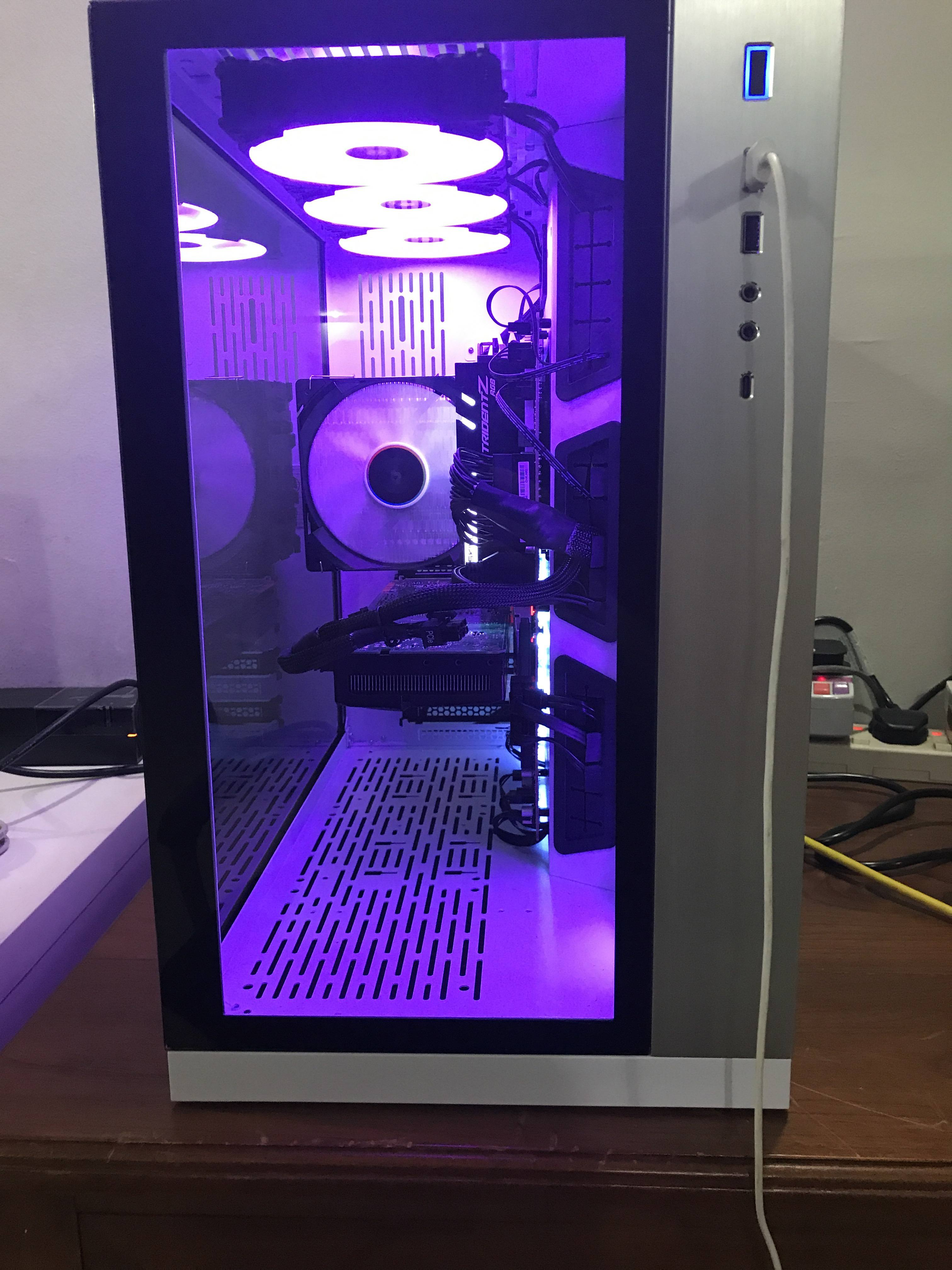 Black or white PC-O11 Dynamic? - Cases and Power Supplies