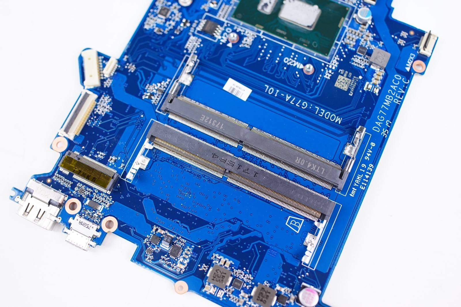 Installing SSD in Laptop possible? - CPUs, Motherboards, and