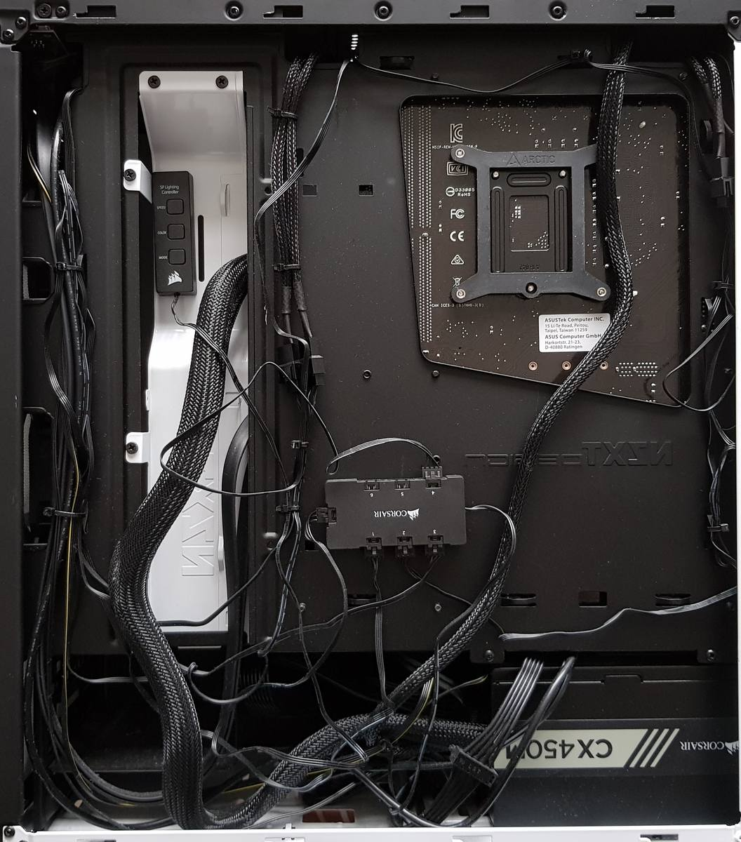 180818 - Rear cable management