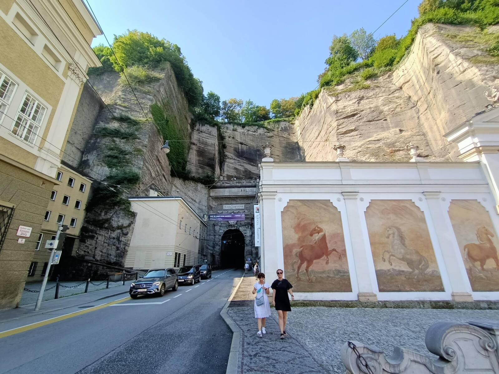Tunnel that goes through this Hill and the left side of the Marstallschwemme